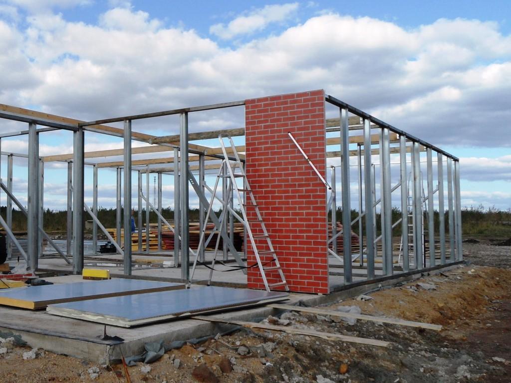 317Как построить дом из металлопрофиля своими руками