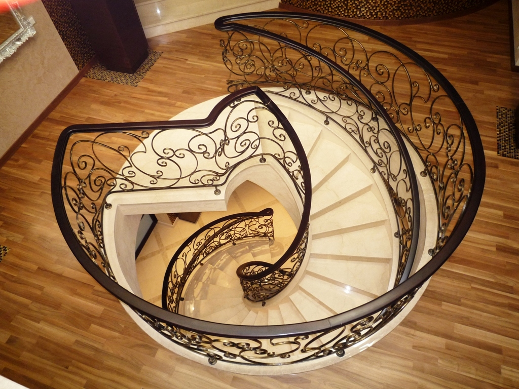 Лестницы и лестничные ступени